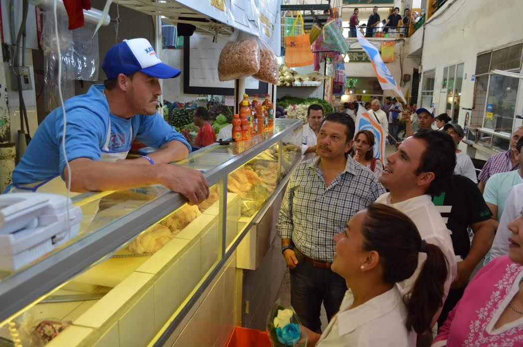 Propone Xavier Azuara que mercados sean Patrimonio Municipal