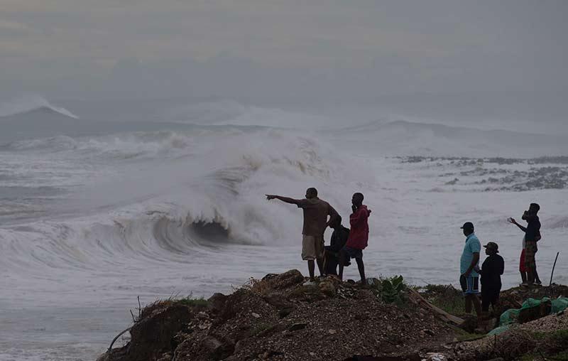 Matthew azota Haití; un muerto y alerta en todo el caribe