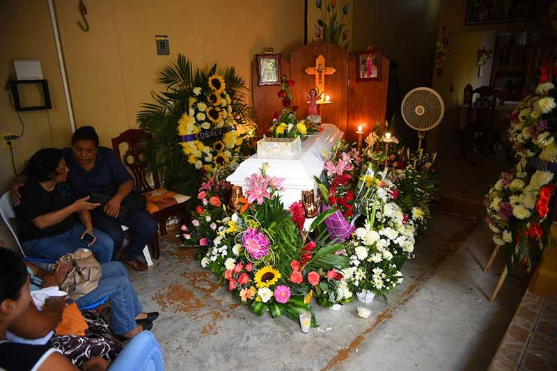Velaron restos de Génesis Deyanira, joven desaparecida junto a otros 3 en Veracruz
