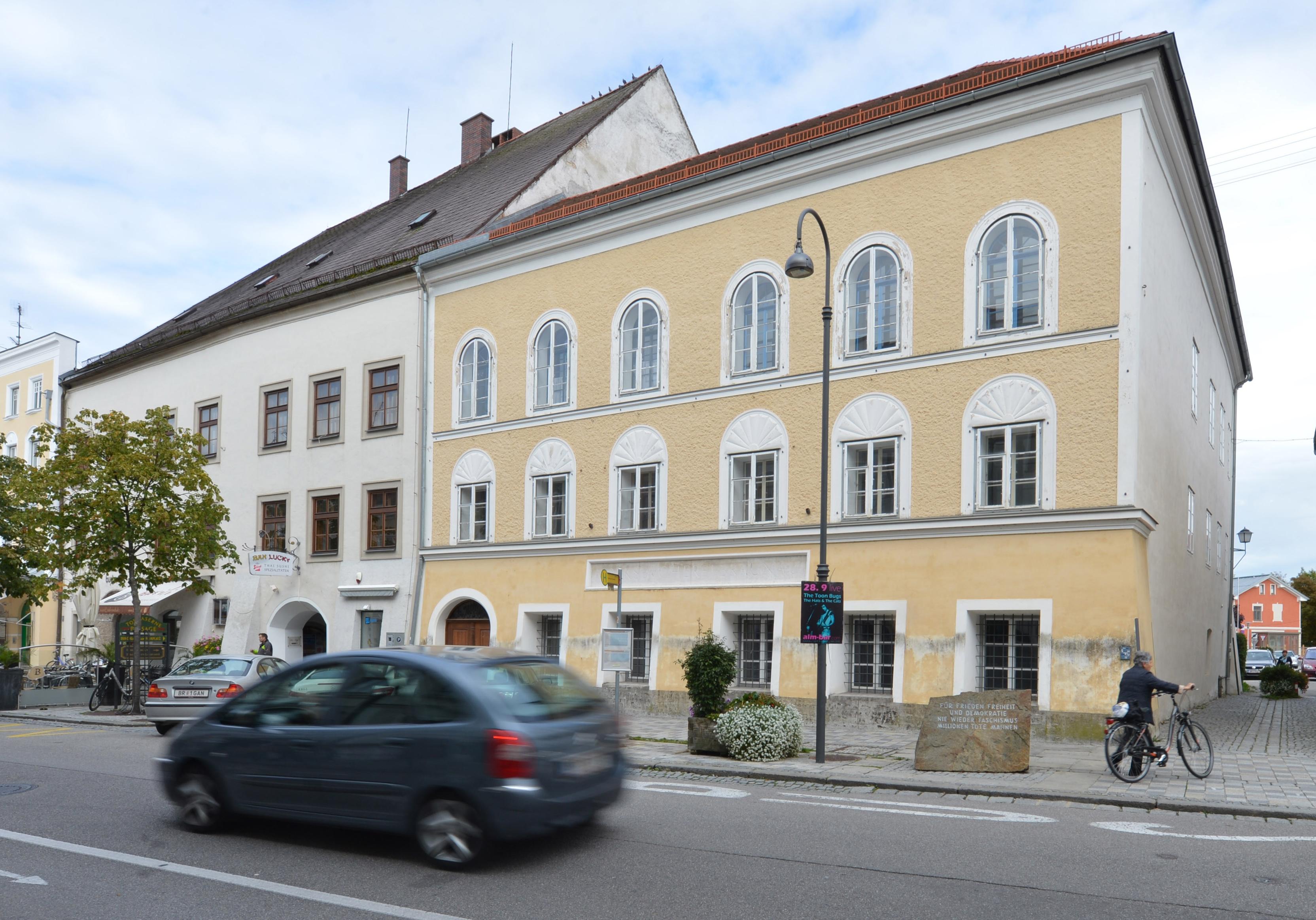 Austria demolerá casa donde nació Hitler