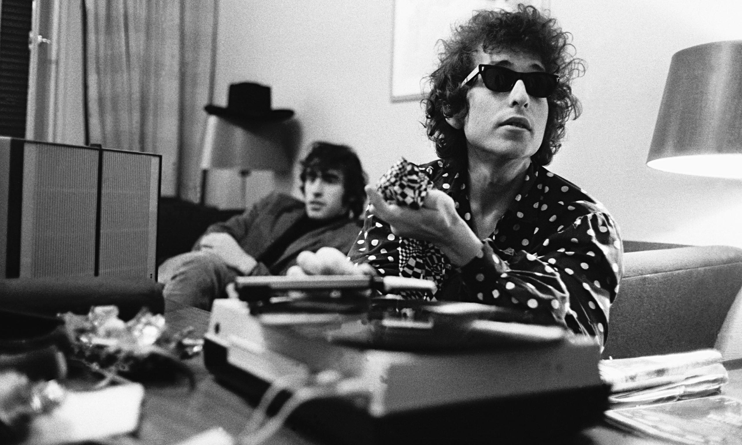 Bob Dylan sí aceptó el Nobel
