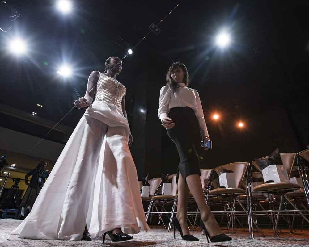 Con desfile de modas, invidentes luchan contra discriminación