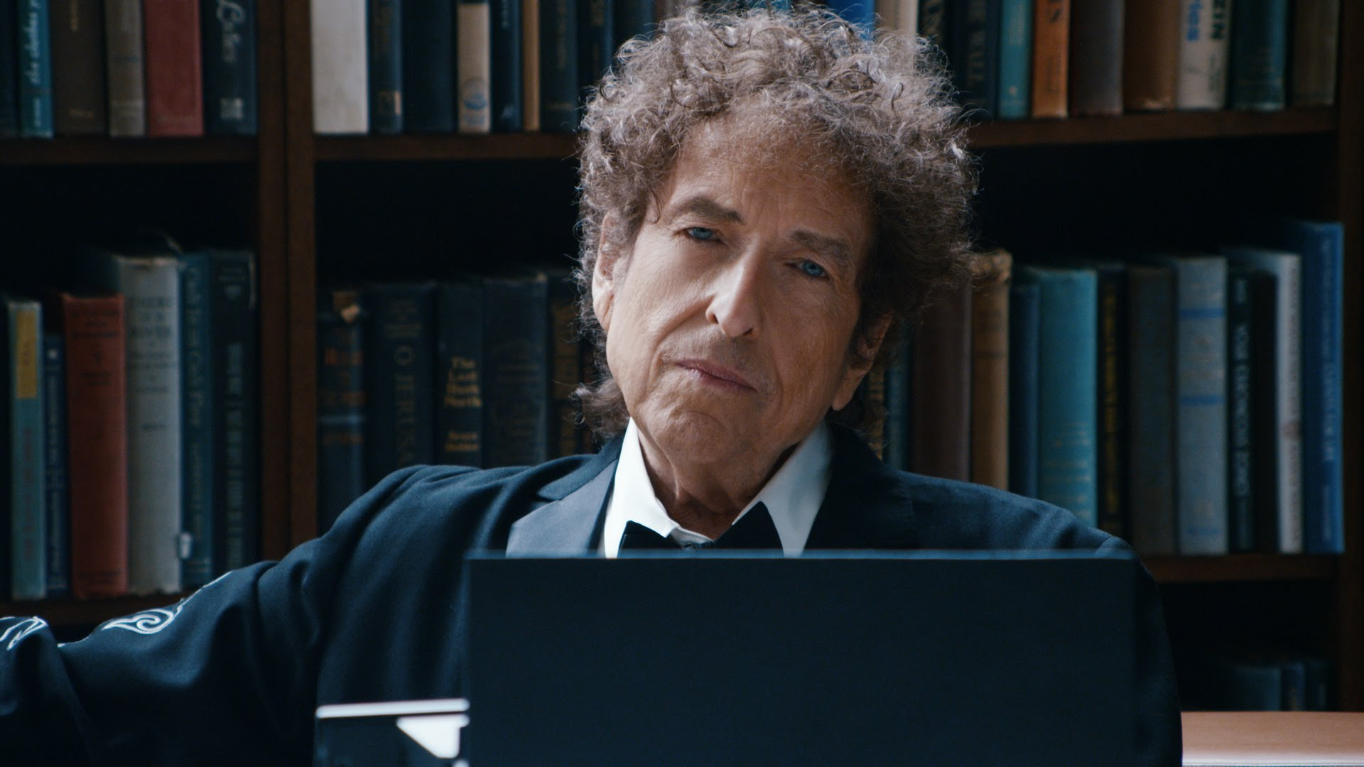 Bob Dylan ignora designación de Premio Nobel de Literatura