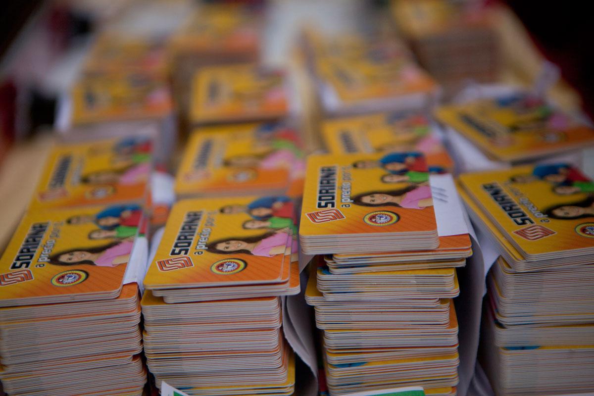 Javier Duarte debe millones a Soriana por tarjetas de EPN