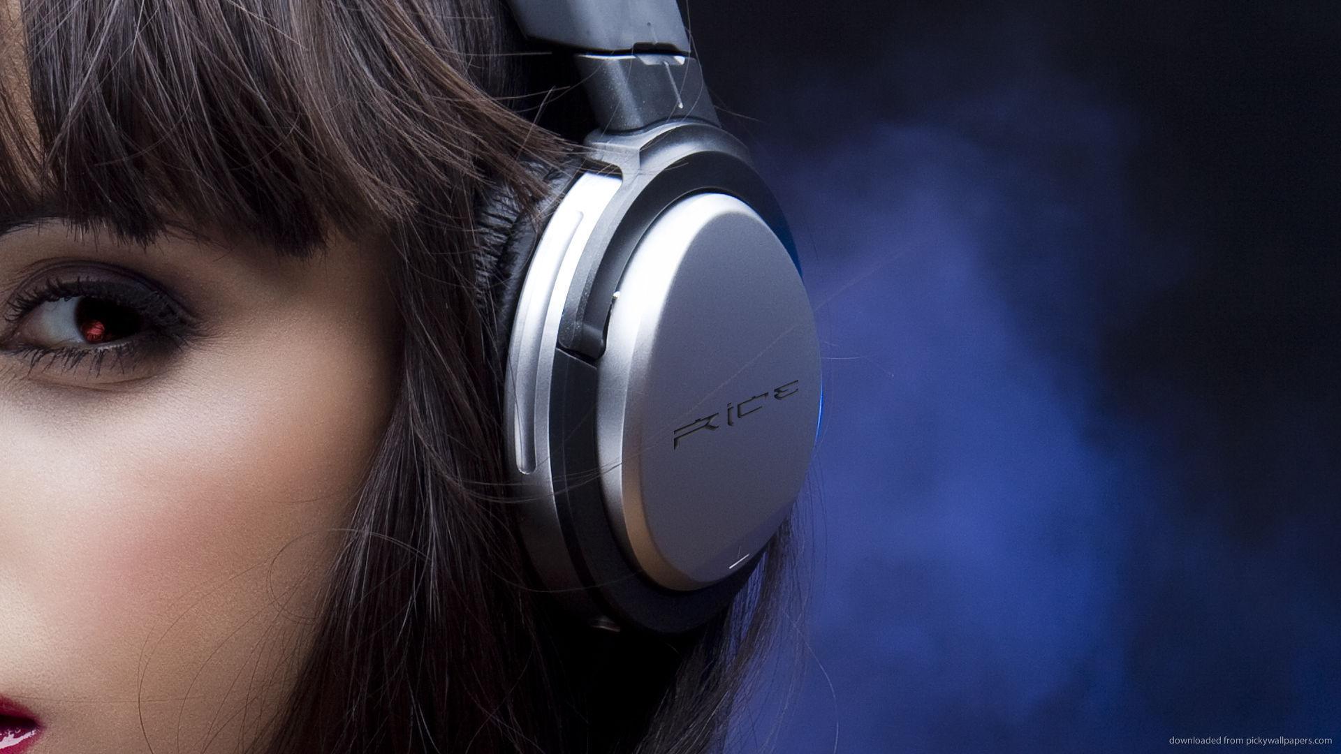 Mil 10 millones de jóvenes en el mundo podrían quedar sordos