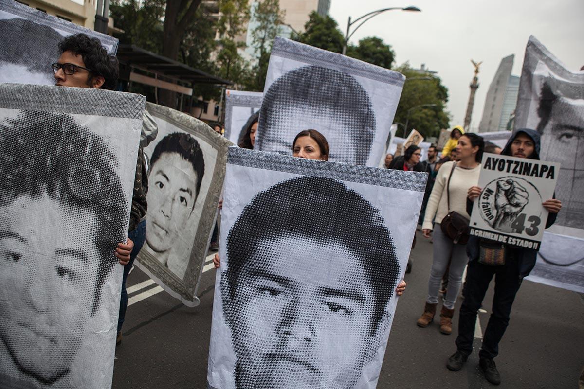 Diputados confirman presentación de los padres de Ayotzinapa en San Lázaro