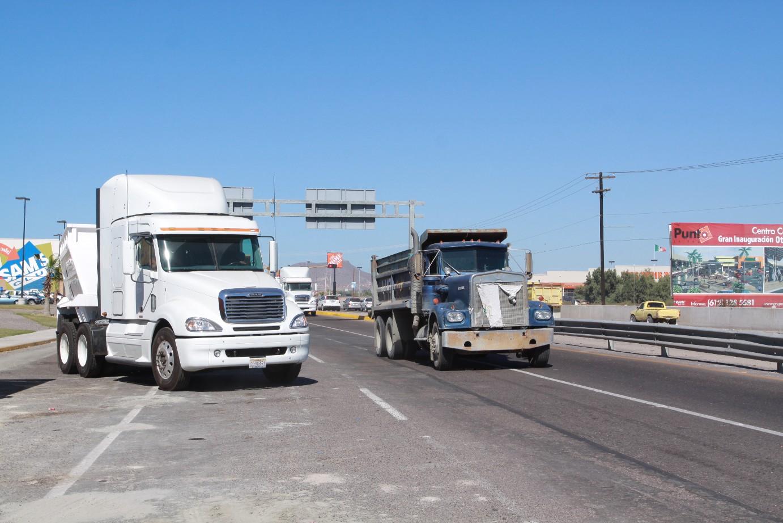 Cierre de armadoras en la ZI afectaría gravemente a transportistas: AMOTAC