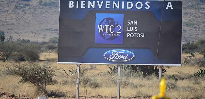 Carreras, sin control del Congreso para vender terreno de la Ford: Martínez Benavente