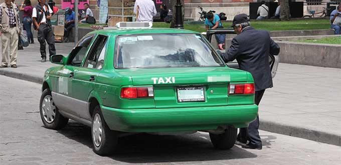 Propone diputada aumentar años de vida útil de unidades de taxi