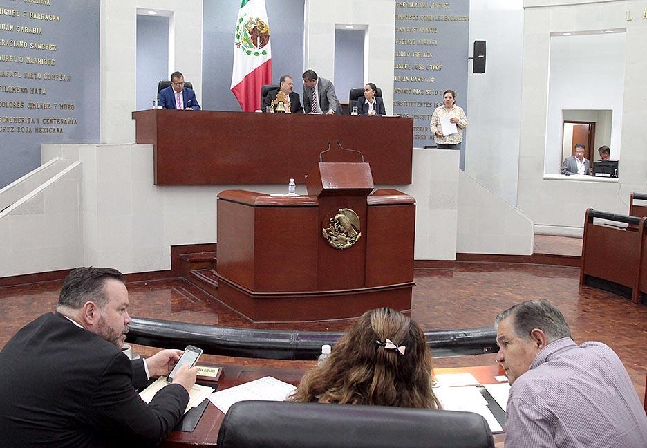 Diputados prometen sesionar para no heredar iniciativas a próxima legislatura