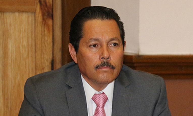 Con chicanada legal, Gallardo Juárez vuelve a evitar que inicie juicio en su contra