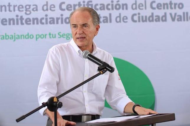 Carreras dice no conocer iniciativa que propone derogar autorización para pagar deuda de SEGE con ISSSTE