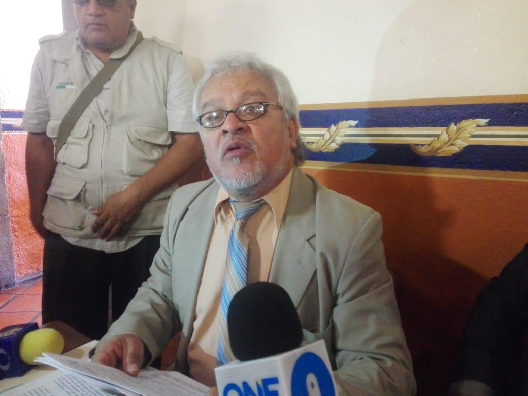 """Juicio político contra titular de la ASE """"por solapar la corrupción"""" del ex auditor, demanda abogado"""