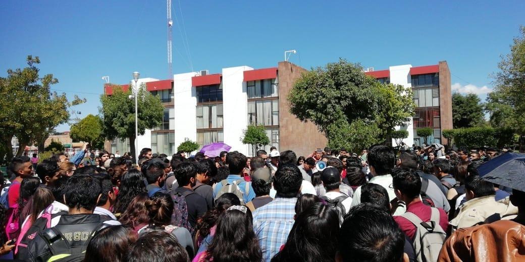 Docentes del Tecnológico de San Luis exigen la destitución de su director