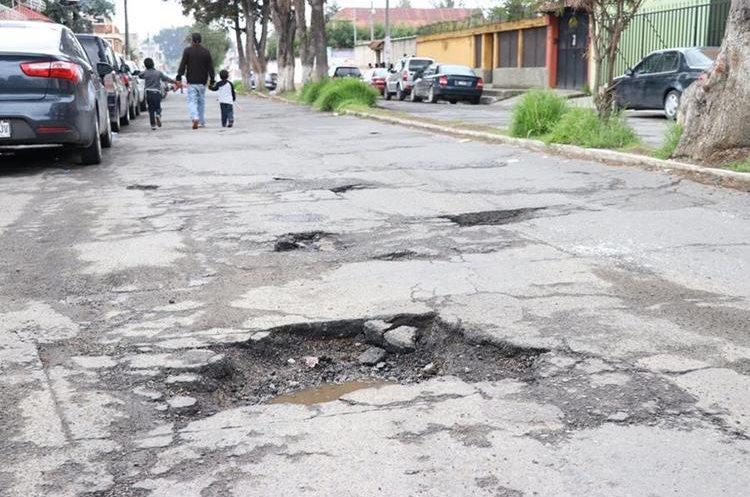 En mal estado, 95% de las calles de la ciudad: Obras Públicas