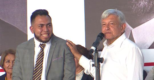 Gabino Morales, uno de 12 superdelegados de AMLO en problemas