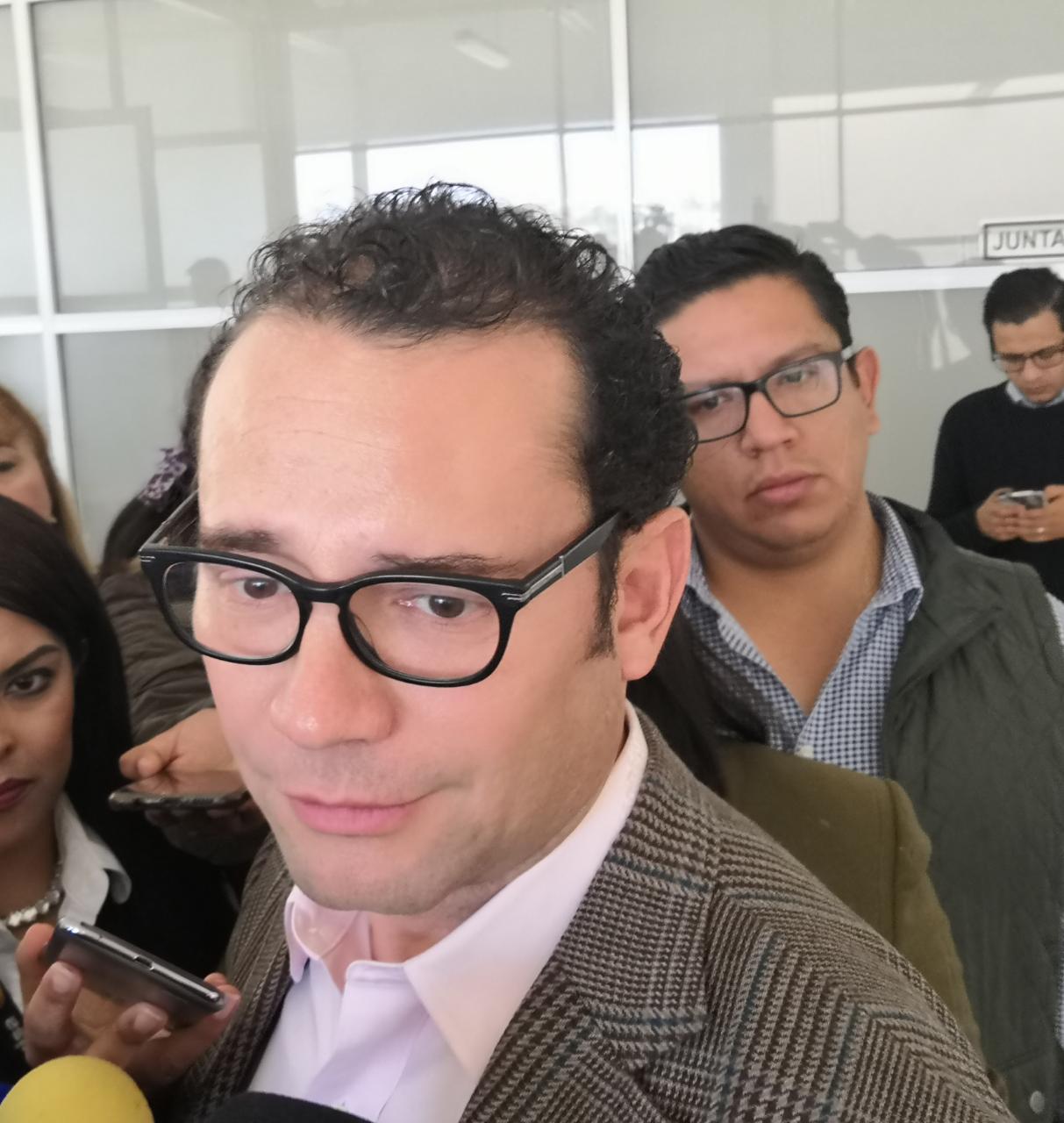 Me quedo con las declaraciones de Canaco y Nuestro Centro, dice Nava sobre críticas a directivos de Comercio
