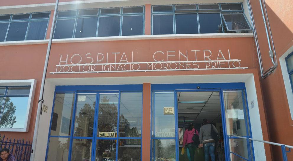 Hospital Central perdió acreditaciones y niega atención a afiliados al Seguro Popular; Senado aprueba exhortar a Carreras a restablecer la atención