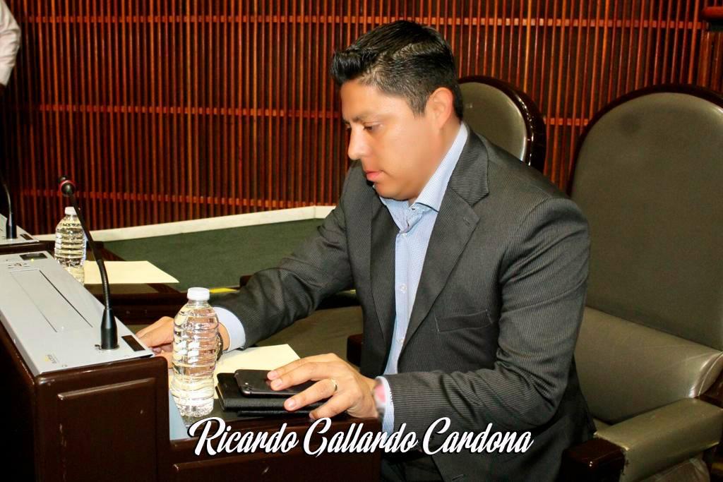 Empresa de Gallardo Cardona en lista negra del SAT por emitir facturas falsas; comparte dirección con otras dos