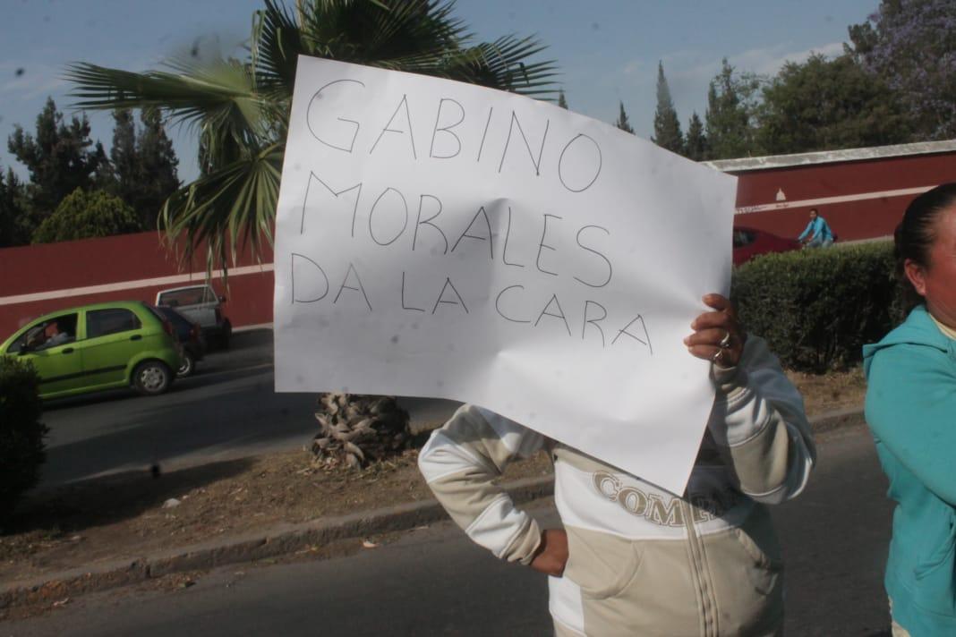 "Madres de familia reclaman por retiro de Prospera; les habían asegurado que recibirían beca ""Benito Juárez"""