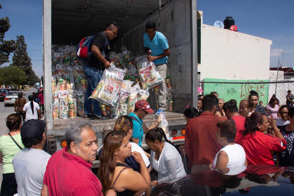 Gallardo y Villafuerte inician entrega de 30 mil despensas en Soledad