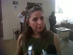 Congreso destituye a Martha Elva Zúñiga y al coordinador de Informática