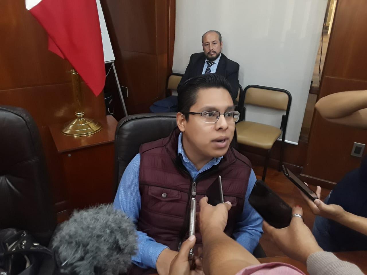 Edson Quintanar también crítica candidatura indígena del 'Mijis'