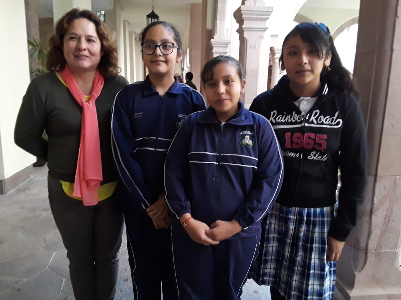Alumnas de primaria piden apoyo del Congreso para ir Expo Ciencia en Monterrey