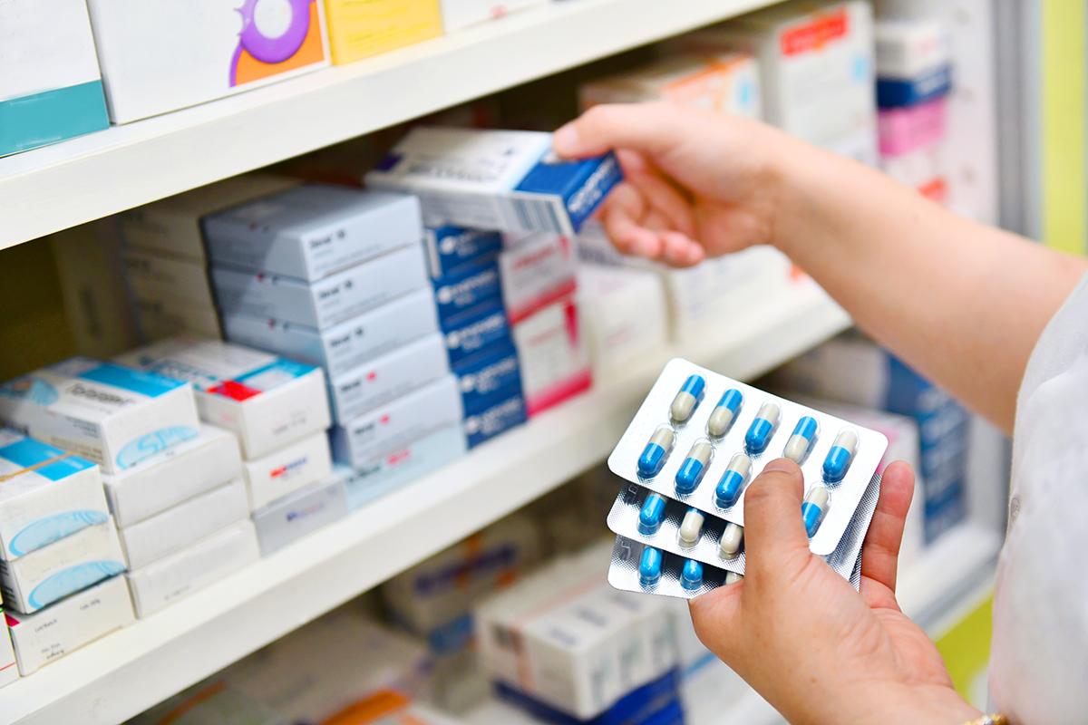Denuncias por compra de medicamentos presuntamente falsificados se interponen ante la FGR