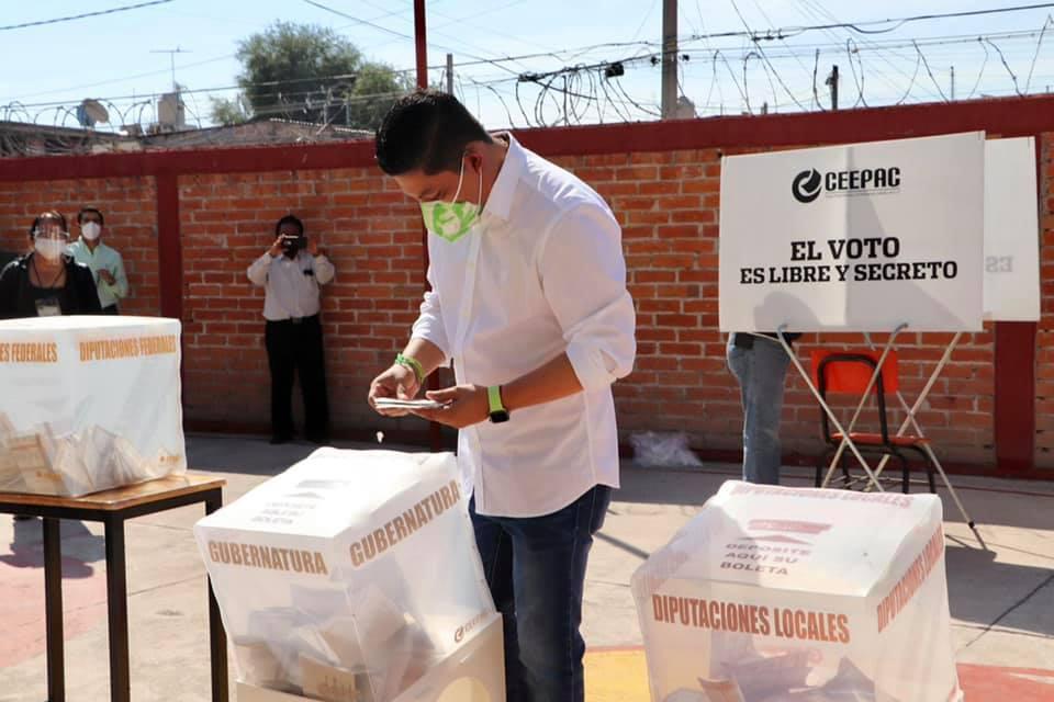 La oposición trató de frenar las votaciones, dice Ricardo Gallardo