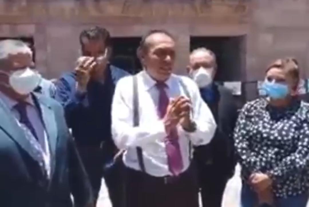 """Abogados piden a los diputados que """"no pierdan su dignidad"""" en elección de magistrada del TEJA"""