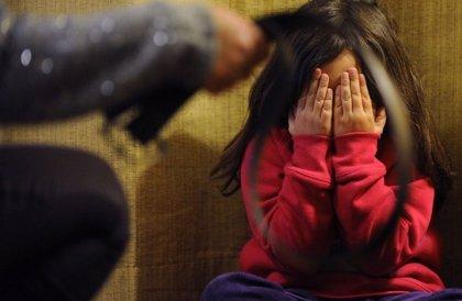 """Proponen que se prohíba el """"castigo correctivo"""" a infantes y adolescentes"""
