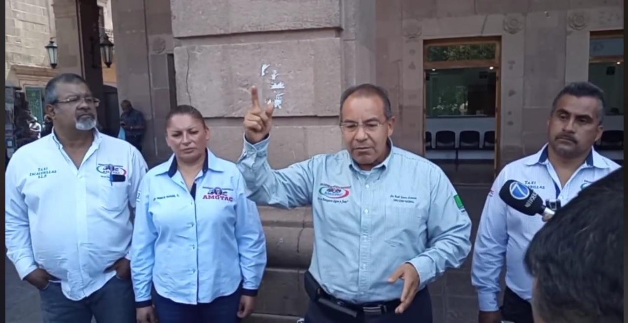 Líder de AMOTAC levanta la mano para la titularidad de la SCT