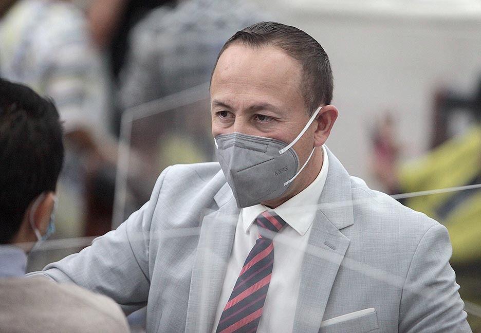 Ejecutivo habría ofrecido posiciones a cambio de magistraturas: Hernández Contreras