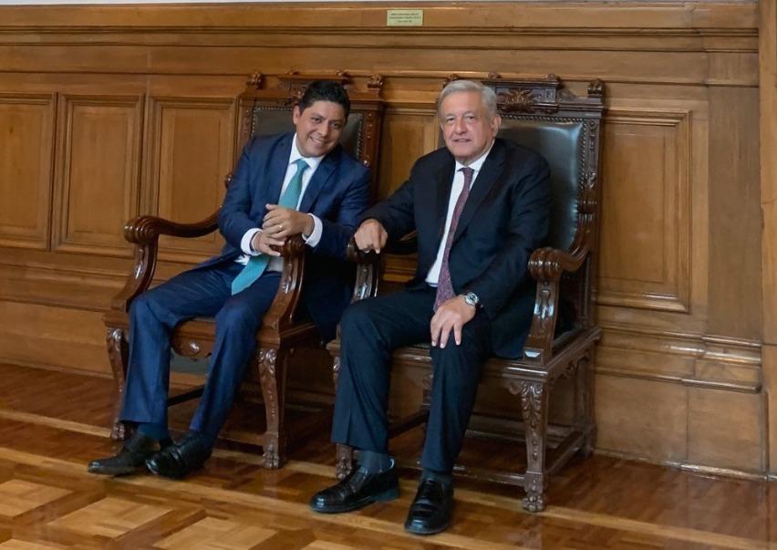 Ricardo Gallardo se reúne con AMLO