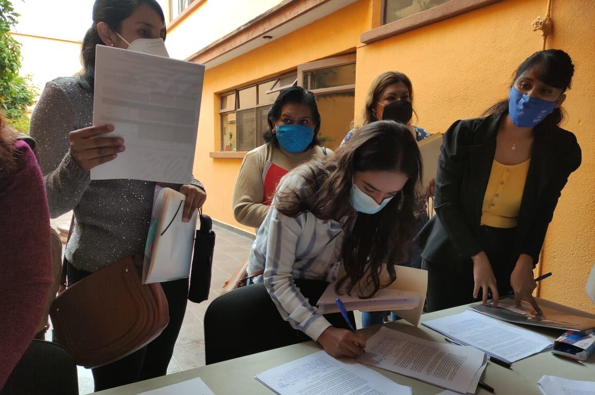 Docentes potosinos exigen razones por la cancelación del examen de promoción