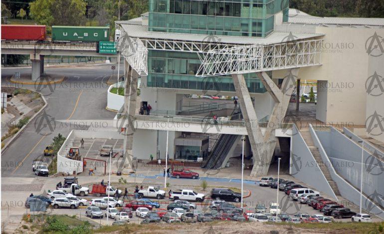 Construyen oficina a Ricardo Gallardo en el Centro de Convenciones