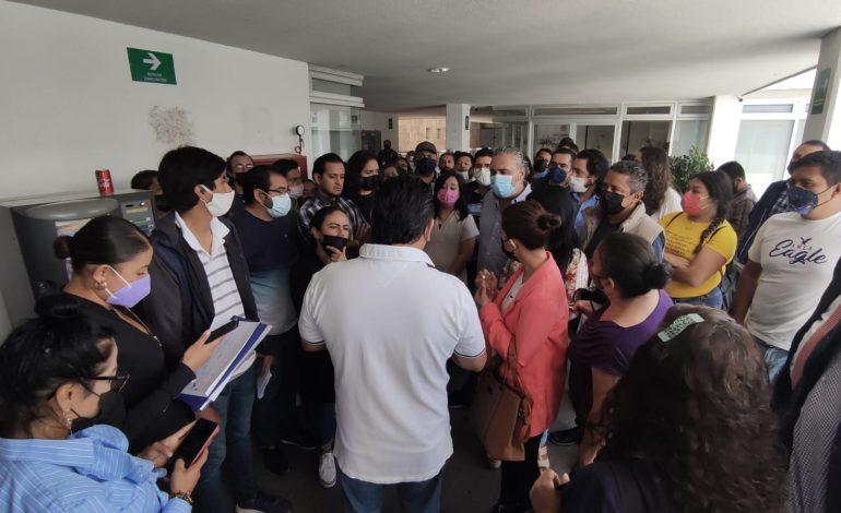 Denuncian despido ilegal de trabajadores del Ayuntamiento de SLP